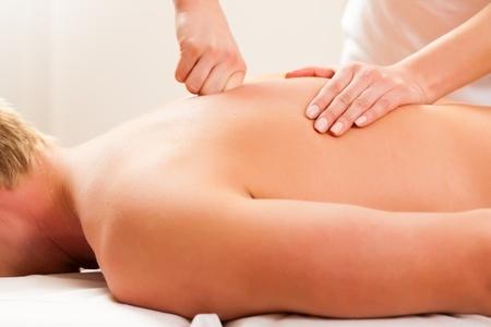Massasje på bedriften forebygger plager, skader og sykefravær